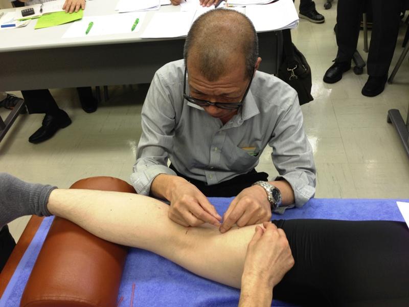 5月臨床のコツ 「膝窩筋炎と膝窩部ガングリオン」 小池 英義(渋谷)
