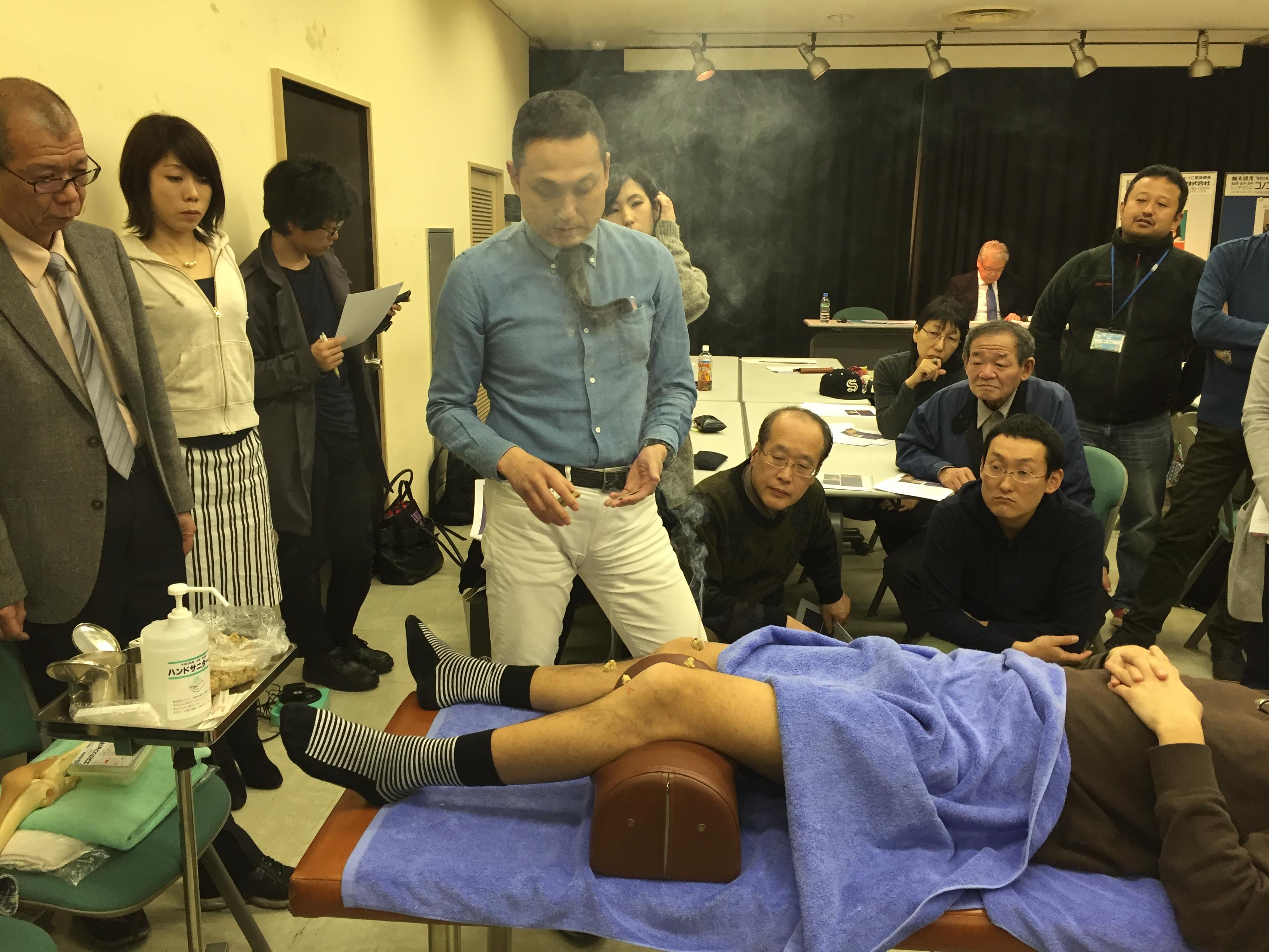 3月24日実施 臨床のコツ:「変形性膝関節症に対する灸頭鍼と運動指導」三浦 洋
